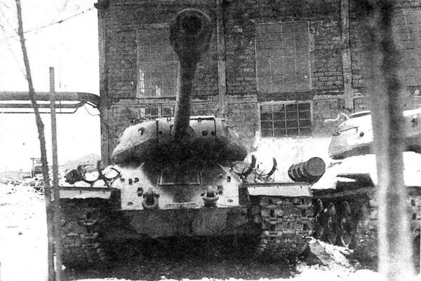 "М.Свирин ""Тяжёлые танки ИС""."